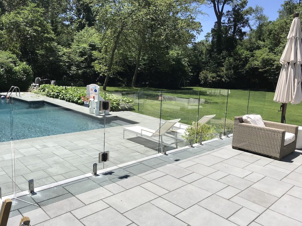 glass pool fence 2