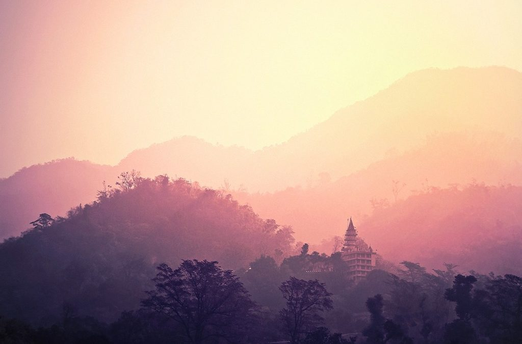 6 Destinations in India for Yoga Lovers, Instructors and Learners
