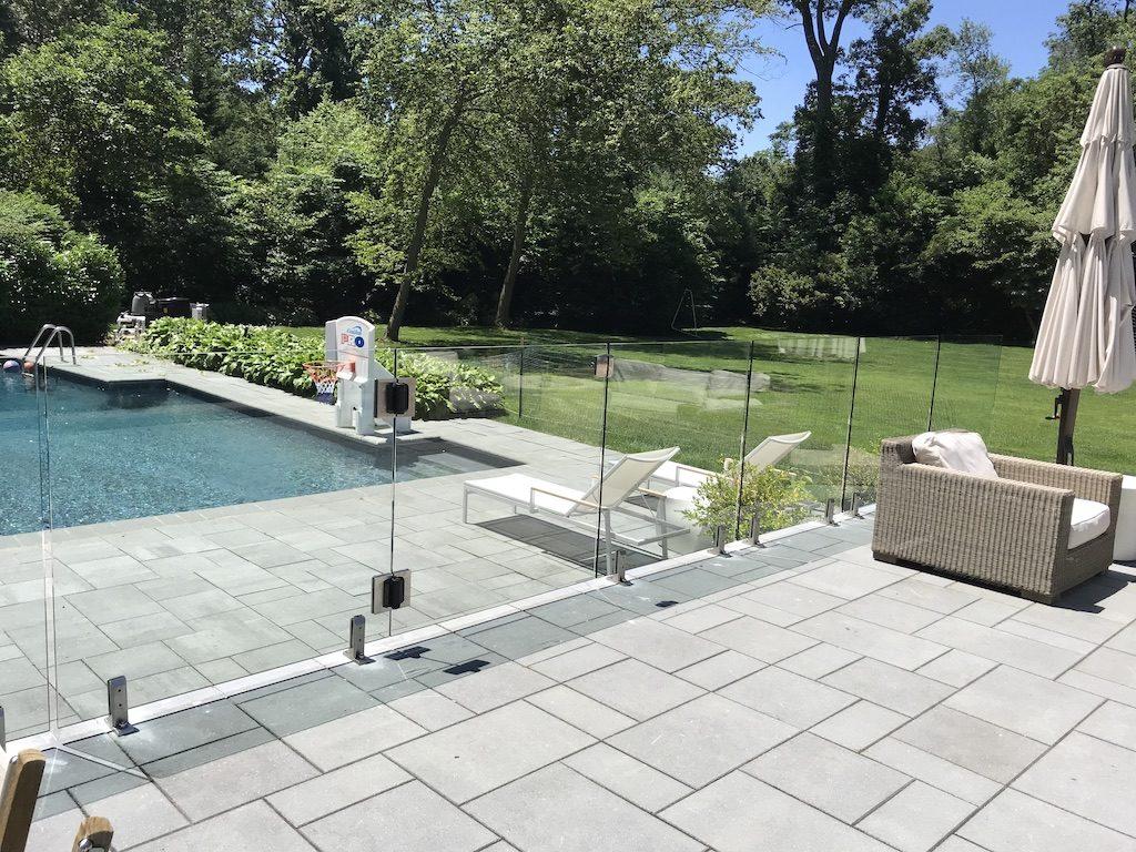 glass pool fence 2